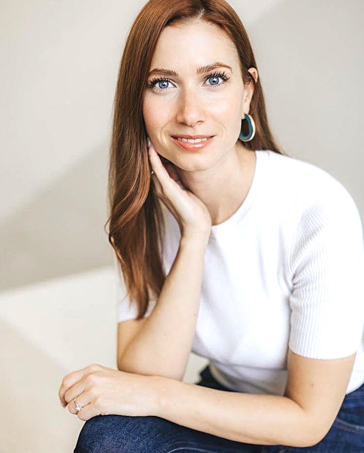 Emilie-Caron-Maquilleuse-boost